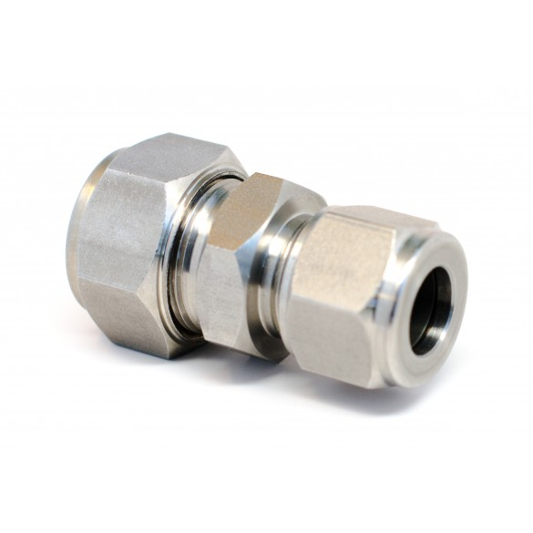 """side view of stainless steel S.S. Reducing Union 3/8"""" x 1/4"""""""